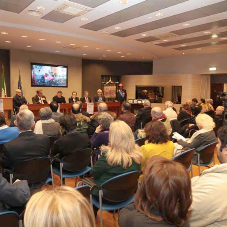 Magnifica cornice dell'evento è stato il calore del pubblico che ha partecipato numeroso al convegno